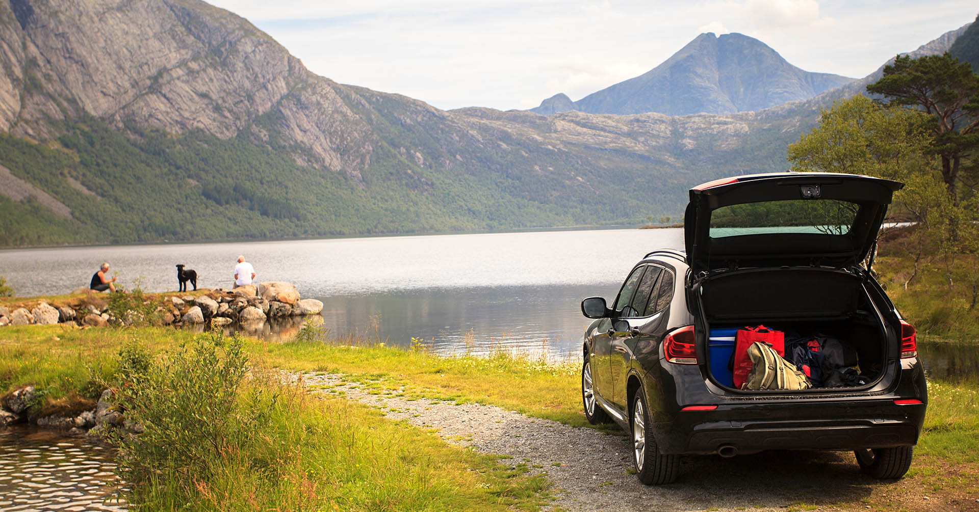 Top 8 Summer Travel Essentials